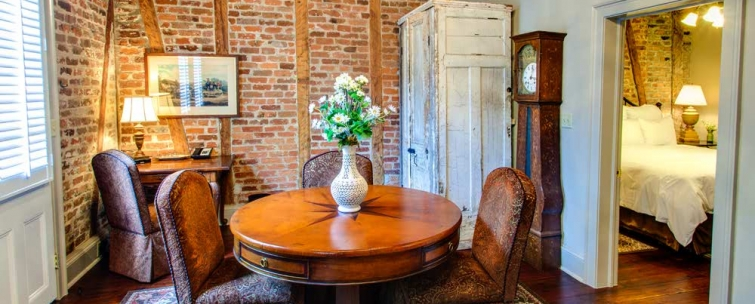 Experience Luxury Accommodations at our French Quarter Cottages